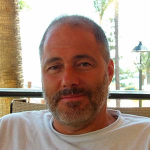 Oscar F. de Torres Neira